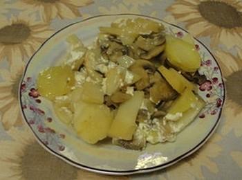 Грибы с картошкой в горшочке