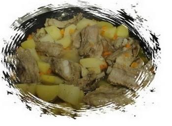 Как приготовить вкусные свиные ребрышки с картошкой