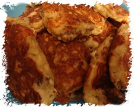 Оладьи с мясом и сыром