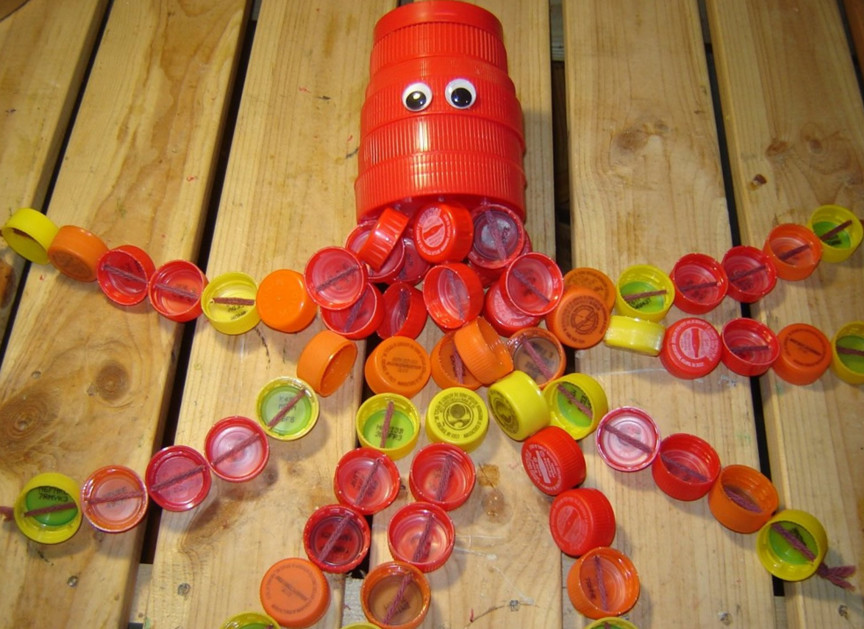 Поделки из пластиковых крышек своими руками фото